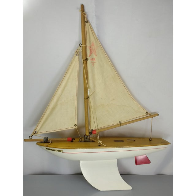Vintage Star yacht son sail boat, the Endeavour I (aka Endeavor I). This MK I pond yacht from the famous Star Yachts,...