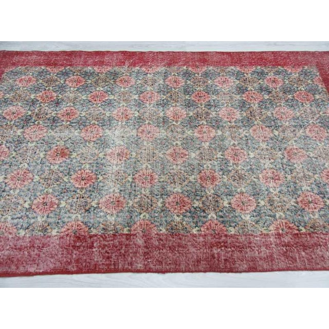 Vintage Turkish Art Deco Hand-Knotted Rug - 4′9″ × 8′ For Sale - Image 4 of 6