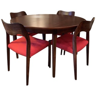 1960s Vintage Niels O Moller Round Rosewood Extension Dining Set- 5 Pieces For Sale
