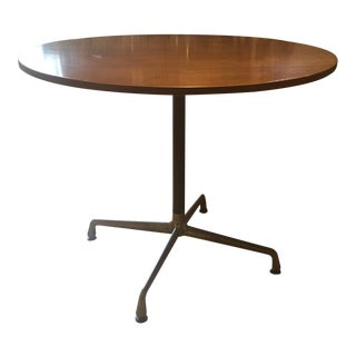 Mid-Century Modern Herman Miller Eames Oak Dining Table For Sale