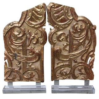 Pair of Monumental Italian Gilt Wood Carvings For Sale