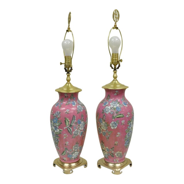 Pair of Vintage Oriental Heyward House Brass Ceramic Pink Floral Table Lamps For Sale