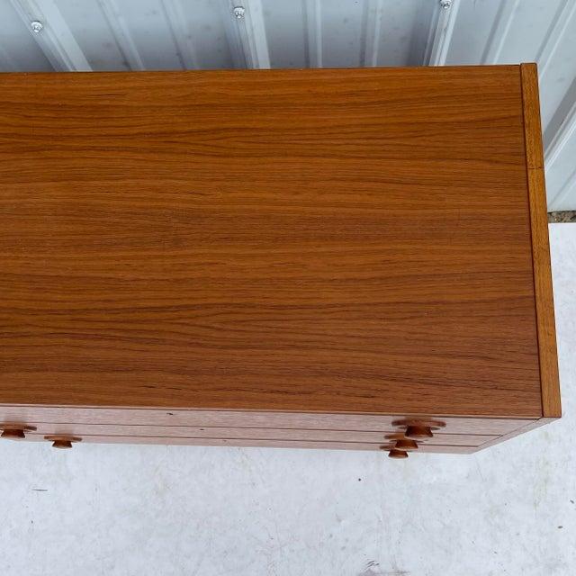 Burnt Umber Vintage Modern Teak Commode or Dresser For Sale - Image 8 of 13