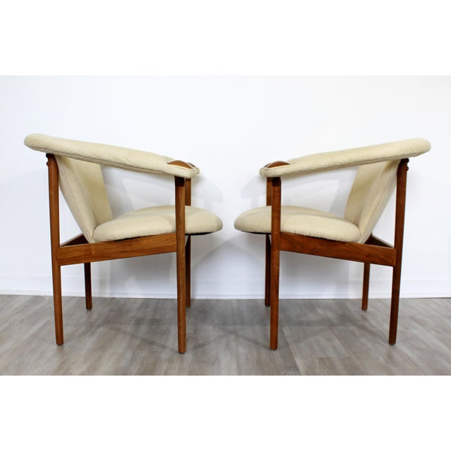 Adrian Pearsall Mid Century Modern Adrian Pearsall Wood Lounge Armchairs - a Pair For Sale - Image 4 of 9