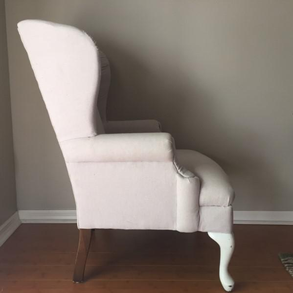 Vintage Neutral Linen Wingback Chair - Image 4 of 11