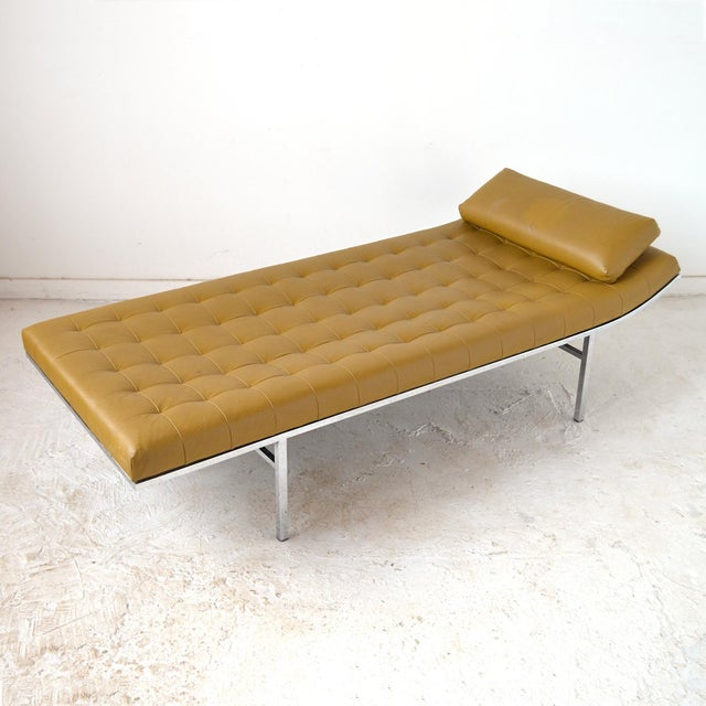 Jules Heumann Chaise by Metropolitan For Sale - Image 10 of 11