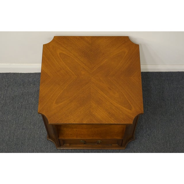 """Late 20th Century Drexel Heritage Triune Collection Mahogany 27"""" Square Accent End Table For Sale - Image 5 of 13"""
