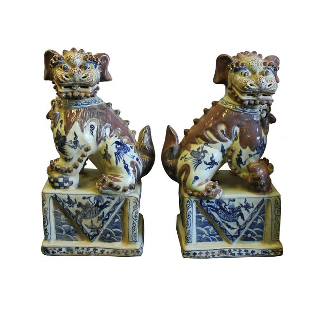 Asian Chinese Red White Blue Porcelain Foo Dogs - A Pair For Sale - Image 3 of 8