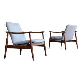 1960s Vintage Finn Juhl Model 138 Lounge Chairs- A Pair For Sale