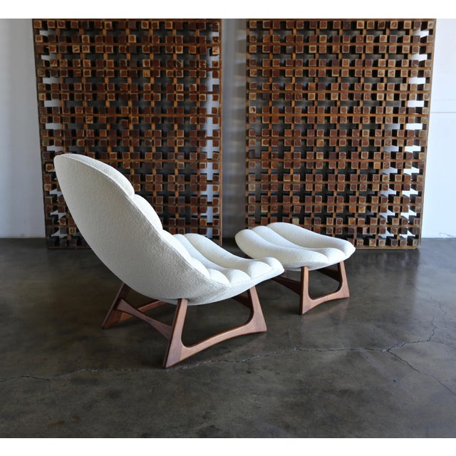 White Adrian Pearsall Lounge Chair and Ottoman for Craft Associates Inc., Circa 1960 For Sale - Image 8 of 13
