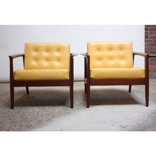 1950s Folke Ohlsson for Dux Swedish Modern Leather and Teak Lounge Chairs- A Pair For Sale - Image 5 of 13
