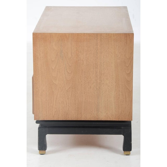 1960s Mid-Century Modern American of Martinsville Bedside Table For Sale - Image 5 of 9