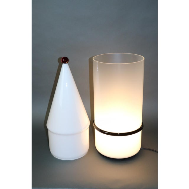 Mid-Century Modern Murano Glass Table Lamp with Red Accent For Sale - Image 10 of 12