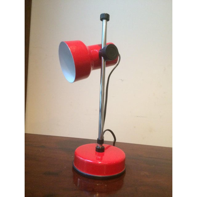 Mid 20th Century Modern Red Metal Desk Lamp For Image 5