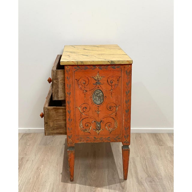 Wood 19th Century Painted Chest of Drawers, Italy For Sale - Image 7 of 8