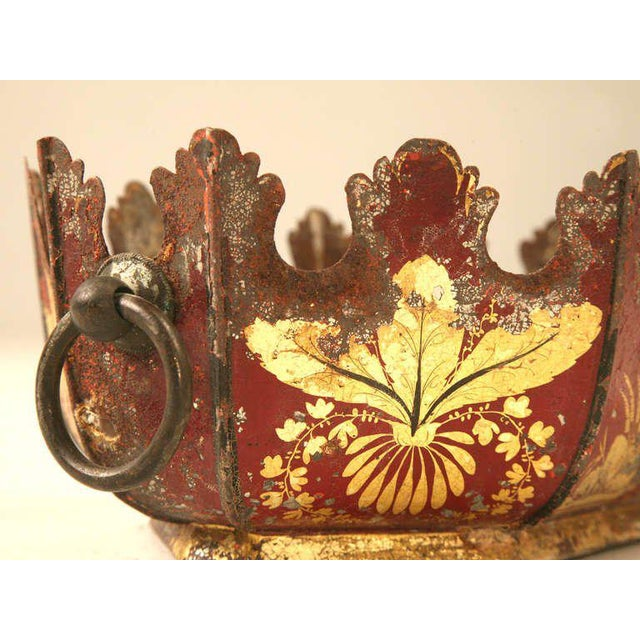 Paint Toleware C.1700s French Water Gilded Mythological Motif Jardiniere For Sale - Image 7 of 10