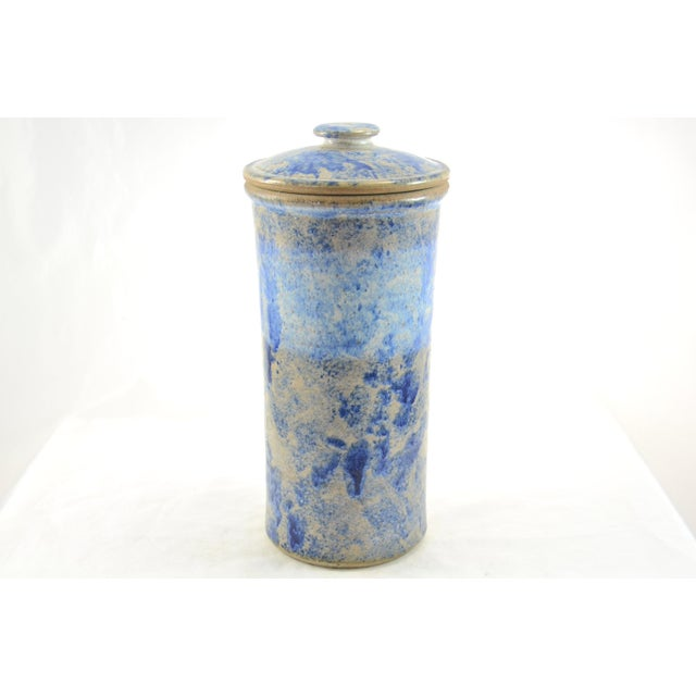 1970s Farmhouse Blue Sponged Stoneware Jar For Sale - Image 5 of 5