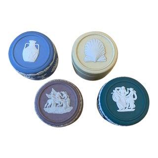 English Wedgwood Round Trinket Boxes -Set/4 For Sale