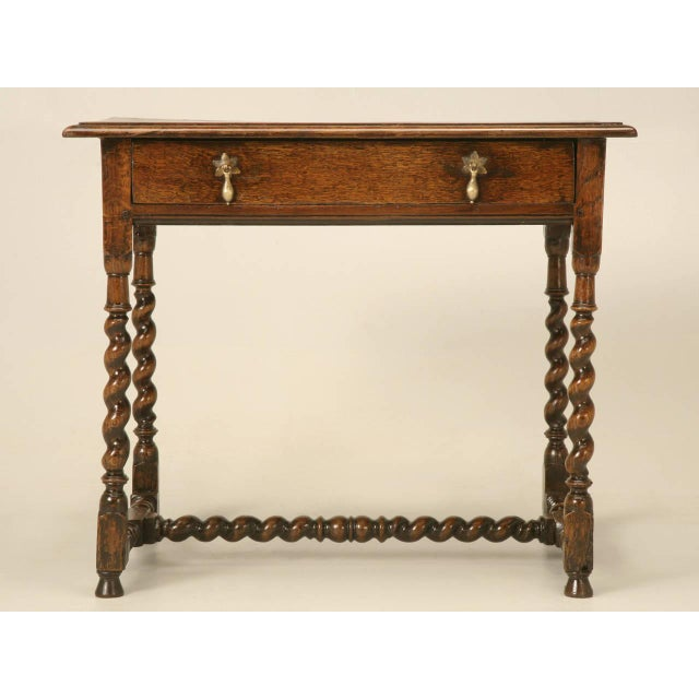 Late 18th Century English Country Style Writing Desk or End Table circa  1700s For Sale - - Lovely English Country Style Writing Desk Or End Table Circa 1700s