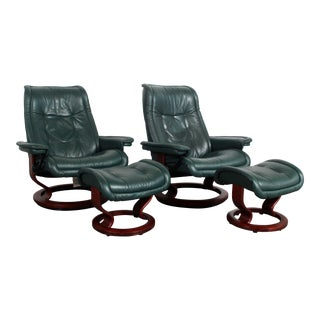 Pair of Ekornes Stressless Green Leather Lounge Chair & Ottomans - 4 Pieces For Sale