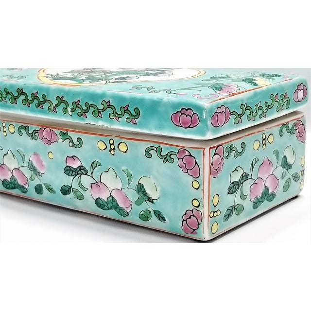 Light Pink Vintage Light Blue Chinese Famille Rose Porcelain Box With Flowers and Phoenix - Asian Oriental Palm Beach Boho Chic Mid Century For Sale - Image 8 of 12