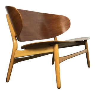 Shell Settee Bench by Hans Wegner for Fritz Hansen For Sale