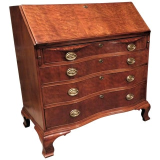 Chippendale Pollarded Walnut Oxbow Fall-Front Desk, Massachusetts, Circa 1780 For Sale