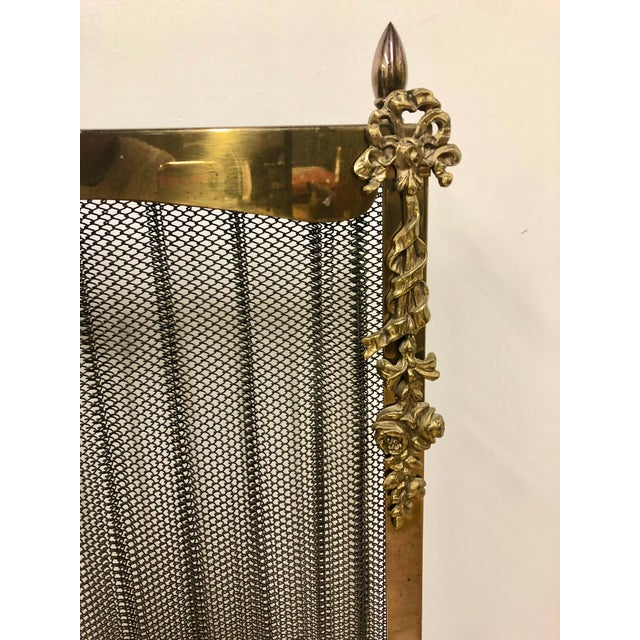 Mid 20th Century French Louis XVI Ornate Vintage Brass & Sliding Iron Mesh Fireplace Screen For Sale - Image 5 of 9