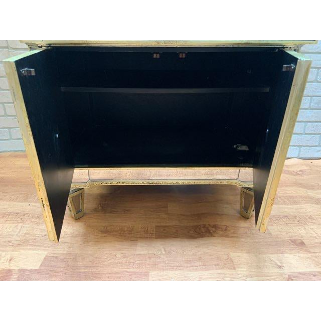 Hollywood Regency Style Butler Specialty Company Mirrored Console Cabinet For Sale - Image 4 of 13
