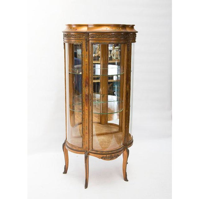 French Gilded Vitrine Curio Cabinet For Sale - Image 3 of 10