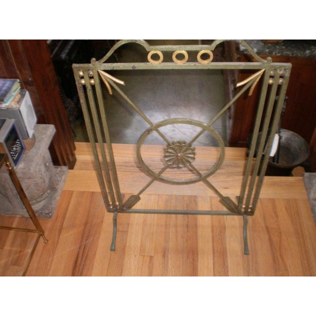 Metal French Art Deco Neoclassical Style Wrought Iron Fireplace Screen With Arrows, Circa. 1930 For Sale - Image 7 of 9
