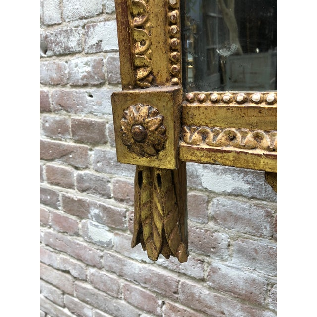 French Louis XVI 18th Century Mirror With Two Birds in the Crest For Sale - Image 3 of 8
