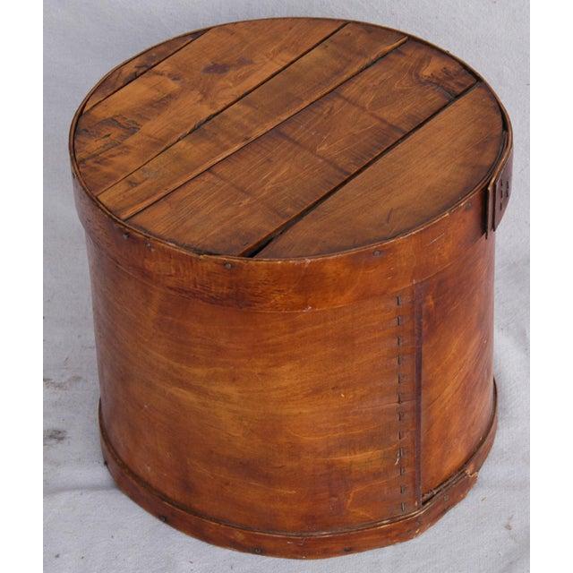 Vintage Rustic Round Wood Lidded Box - Image 6 of 11
