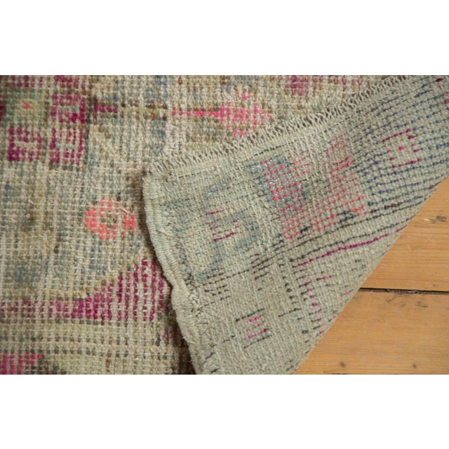"Vintage Distressed Oushak Rug - 2'6"" X 4'4"" For Sale In New York - Image 6 of 11"