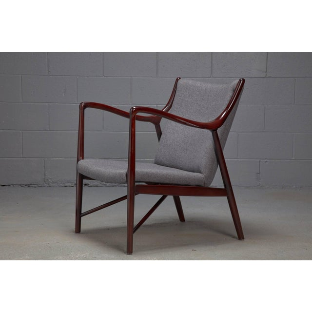 Mid-Century Modern Rosewood Finished Danish Modern Chair in Style of Finn Juhl / Niels Vodder Nv45 For Sale - Image 3 of 6