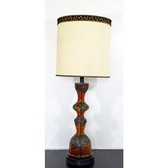 Mid Century Modern Amber Painted Sterling Silver Glass Table Lamp With Shade For Sale - Image 4 of 12