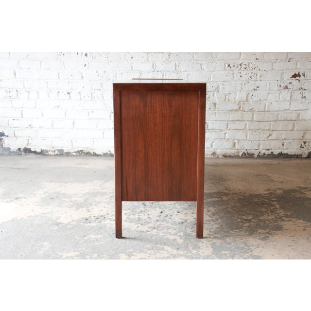 Mid-Century Modern Walnut Twelve-Drawer Dresser or Credenza by Founders For Sale - Image 12 of 13