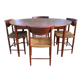 Peter Hvidt and Orla Mølgaard-Nielsen Dining Table and Chairs - Set of 5 For Sale