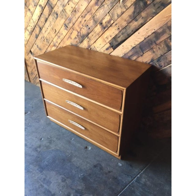 Heritage Mid-Century Refinished Walnut Dresser For Sale In Los Angeles - Image 6 of 9