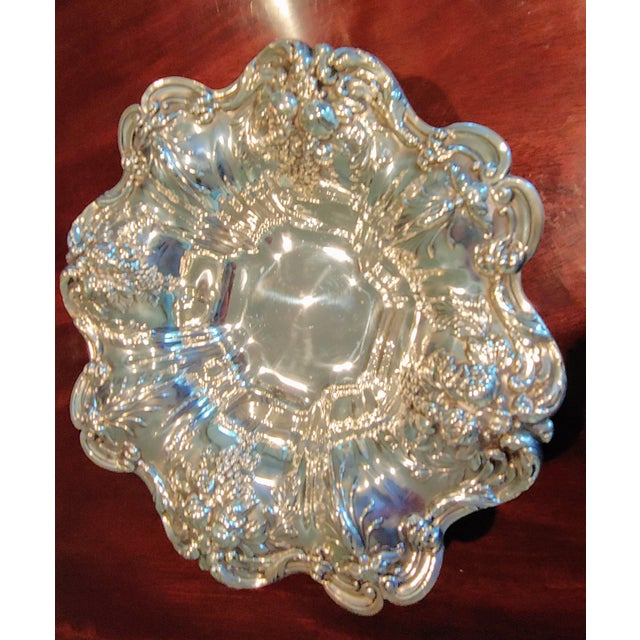 English Reed and Barton Sterling Silver Serving Bowl For Sale - Image 3 of 7