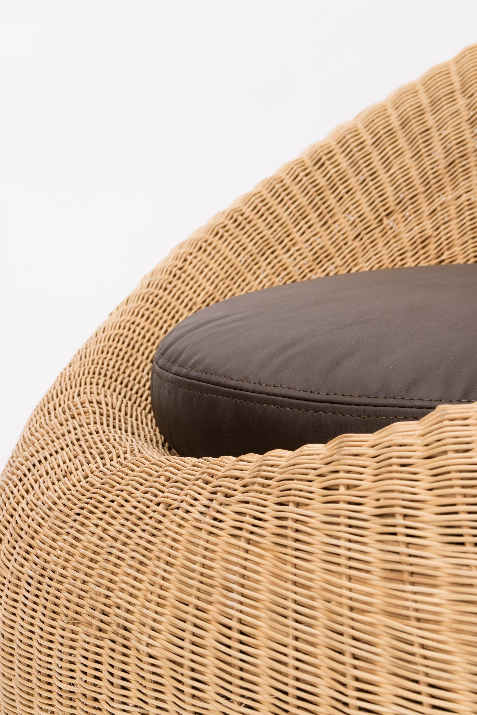 Animal Skin Pair Of Isamu Kenmochi Rattan Chairs For Sale   Image 7 Of 8