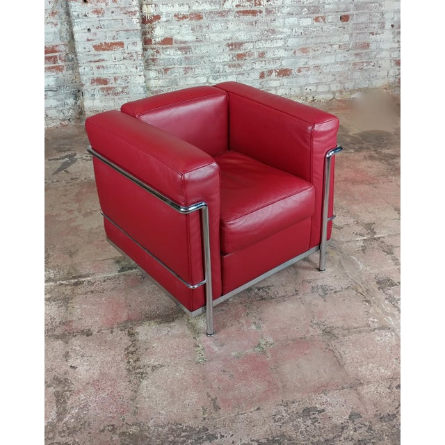 Cassina Le Corbusier Lc2 Red Leather Poltrona Armchairs by Cassina - A Pair For Sale - Image 4 of 13