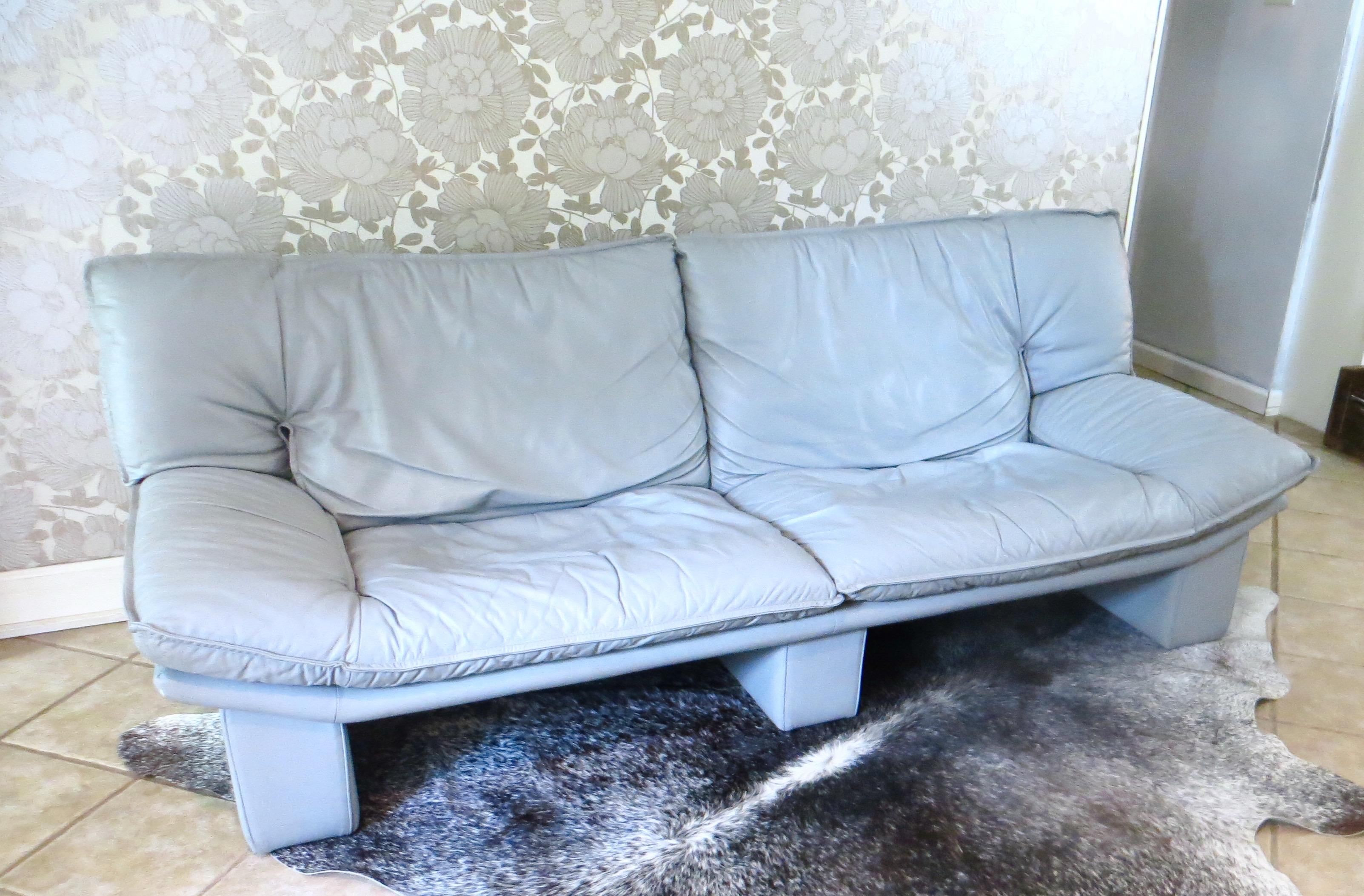 Vintage Italian Leather Sofa By Nicoletti Salotti   Image 3 Of 10