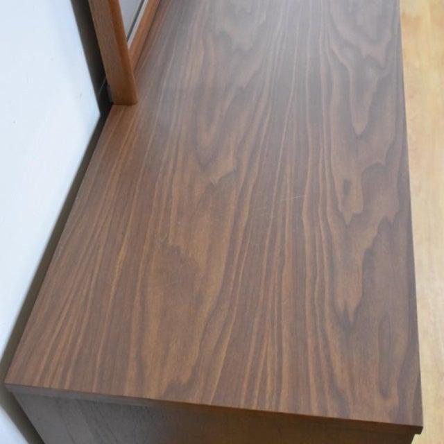 Brown Bassett Mid-Century Walnut Dresser & Mirror For Sale - Image 8 of 11