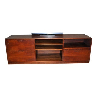 Mid Century Modern Jens Risom Era Walnut Credenza TV Media Unit Office Cabinet For Sale