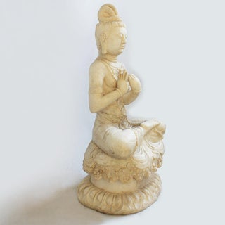 White Marble Quan Yin Preview