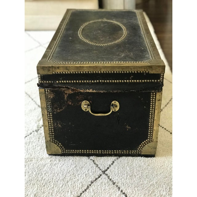 Campaign 19th Century Leather & Brass Campaign Chest For Sale - Image 3 of 8