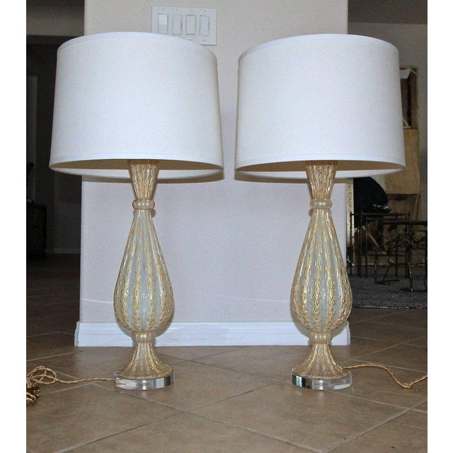 1950s Italian Arovier E Toso Gold Opalescent Murano Table Lamps - a Pair For Sale - Image 11 of 13