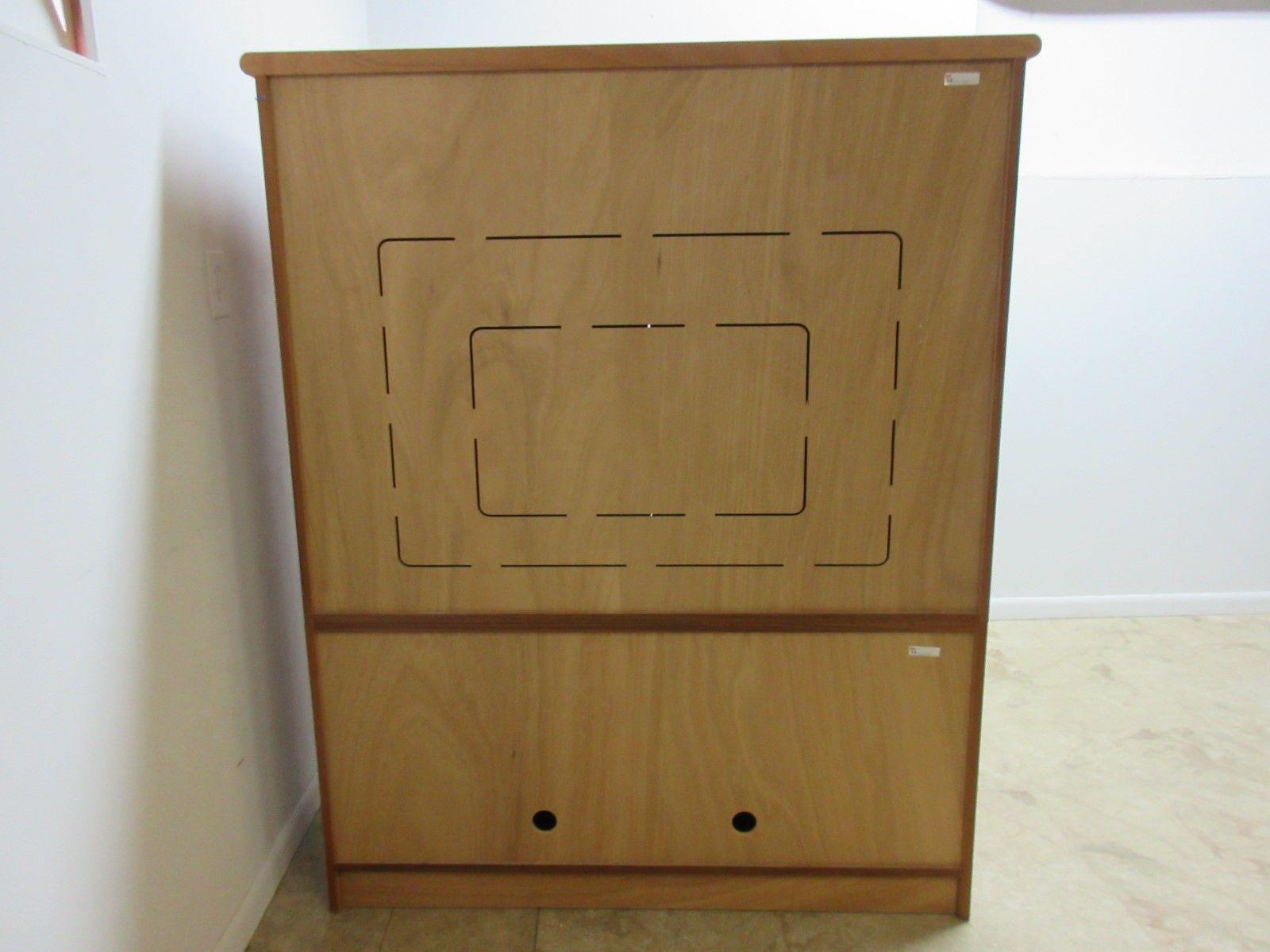 Merveilleux 1970s Vintage Danish Modern Teak Tambour Cabinet For Sale   Image 5 Of 10