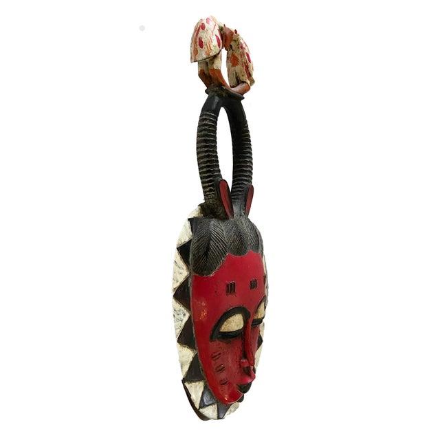 """African Vtg African Guru Portrait Bird Mask Cote d'Ivoire 22.5"""" H For Sale - Image 3 of 9"""